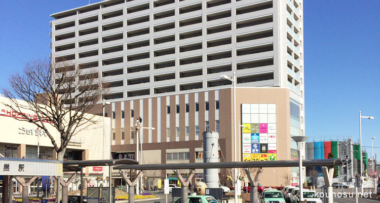 鴻巣駅、東口