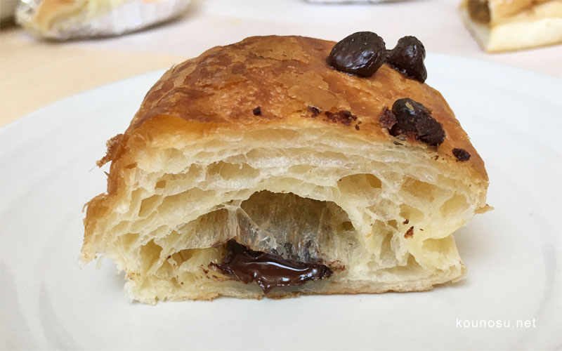 サントノーレ・コミヤ チョコパン 断面